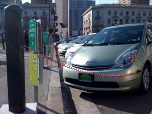 http://www.cleanfleetreport.com/wp-content/uploads/2009/08/SF-City-Hall-evcharge-300x225.jpg