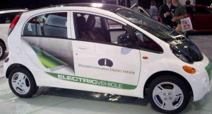 Mitsubishi iMiEV 47k 300x161 Mitsubishi i Electric Car Can Be Reserved for $29,195