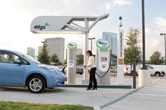 eVgo Woman Charges LEAF Electric Car Drivers Free of Range Anxiety