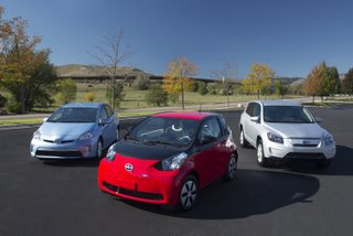 Toyota EV Family of 3 33k Electric Car Drivers Free of Range Anxiety