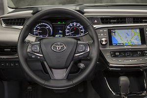 2013 Toyota Avalon Hybrid Steering and Dash