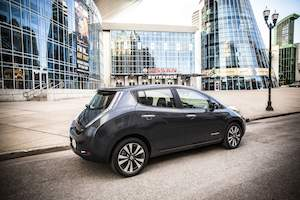 LEAF 2013 Nissan HQ 300x200 15k Nissan LEAF Electric Car $6,000 Price Reduction