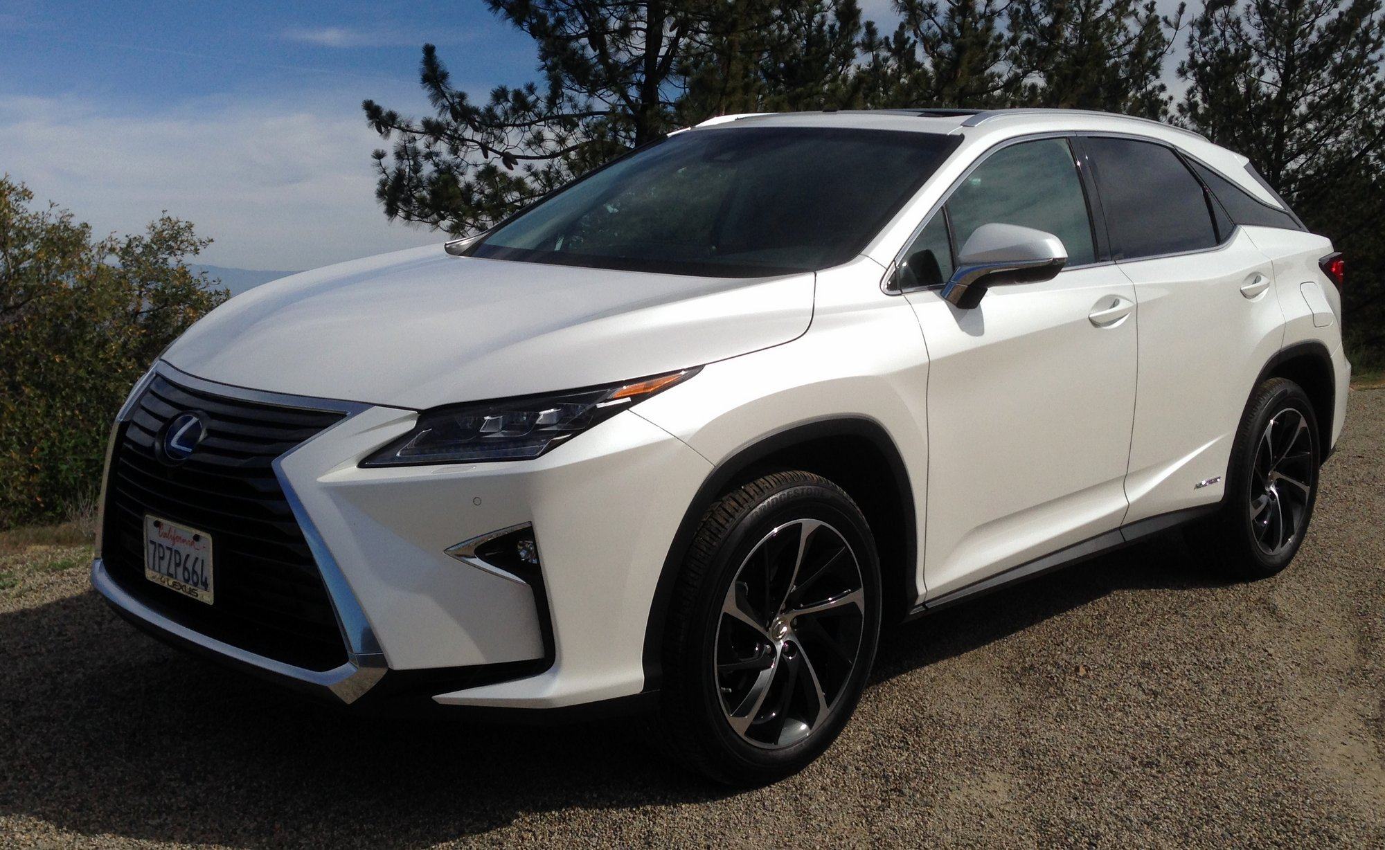 road test 2016 lexus rx 450h fwd clean fleet report. Black Bedroom Furniture Sets. Home Design Ideas