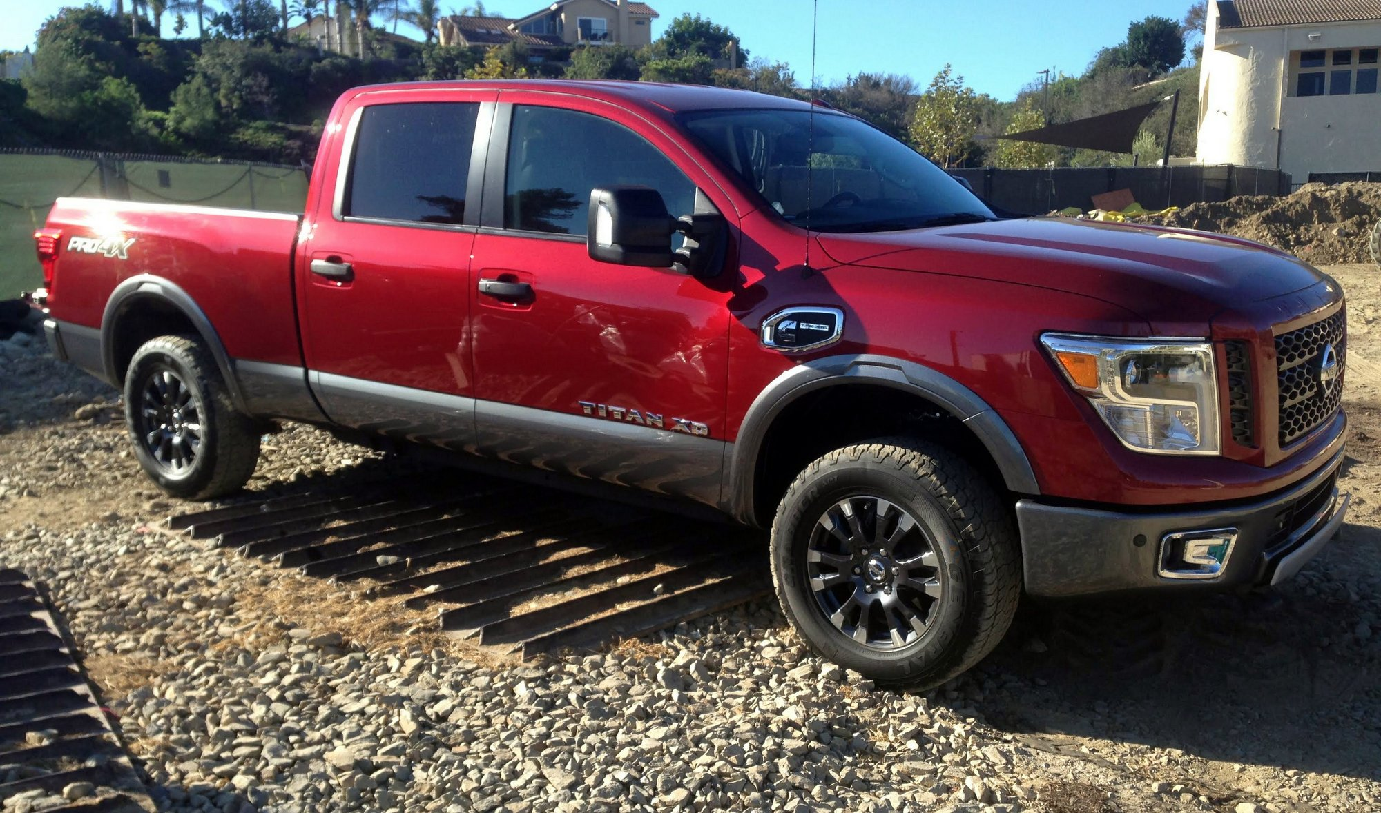 2016 nissan titan xd pro 4x clean fleet report. Black Bedroom Furniture Sets. Home Design Ideas